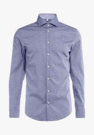 SLIM FIT SPREAD KENT PATCH - Formální košile - dark blue