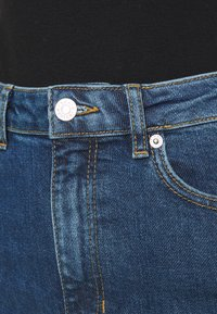 Carin Wester - IMAN - Relaxed fit jeans - denim blue - 3
