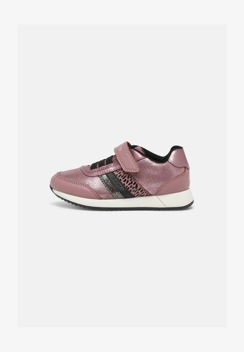 Geox - JENSEA GIRL - Sneakersy niskie - pink/black
