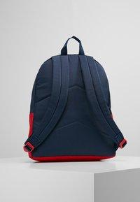 Converse - DAY PACK - Rucksack - red/dark blue - 3