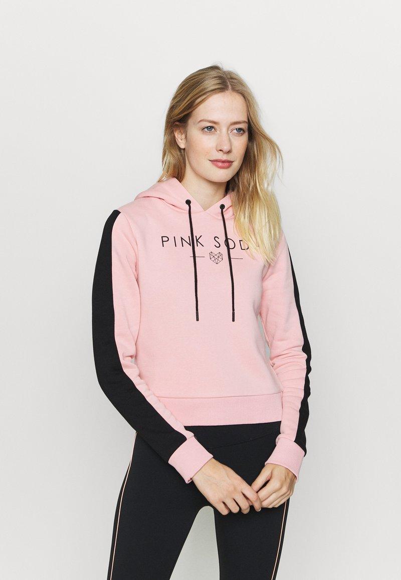 Pink Soda - YARROW HOODIE - Jersey con capucha - pink black