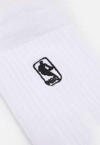 Stance - NBA LOGOMAN - Calcetines de deporte - white - 1