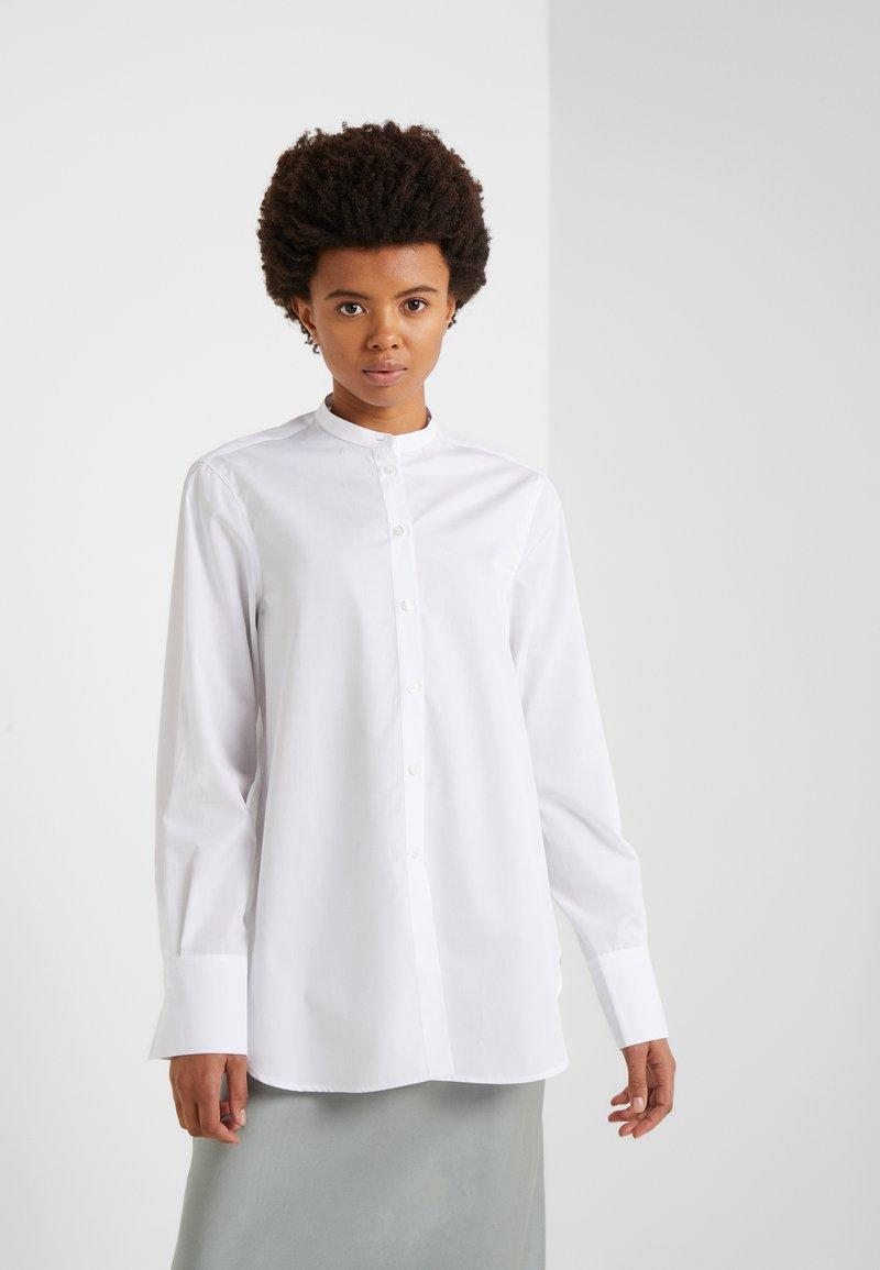 Filippa K - FRANCI SHIRT - Skjorte - frosty white