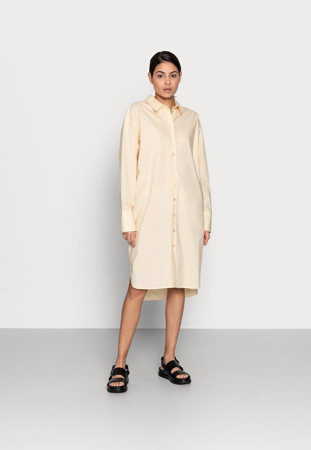 NILLY SHIRT - Robe chemise - vanilla