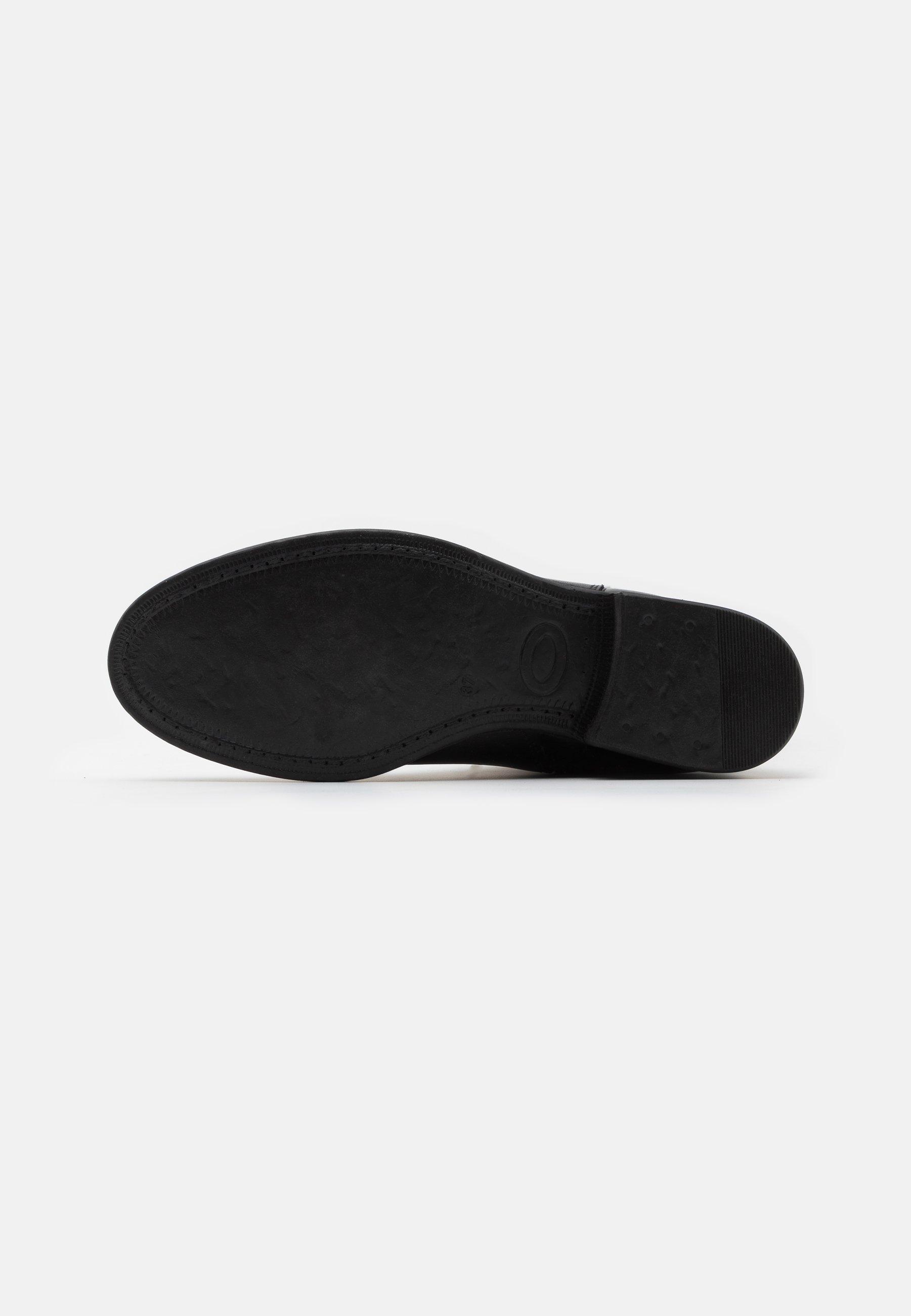 Alta qualità Scarpe da Donna s.Oliver Stivali sopra il ginocchio black