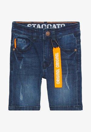 BERMUDAS KID - Denim shorts - mid blue denim
