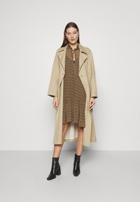 Second Female - PRADOTO DRESS - Denní šaty - bistre - 1