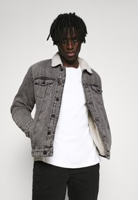 Only & Sons - ONSLOUIS LIFE JACKET - Giacca di jeans - grey denim - 3