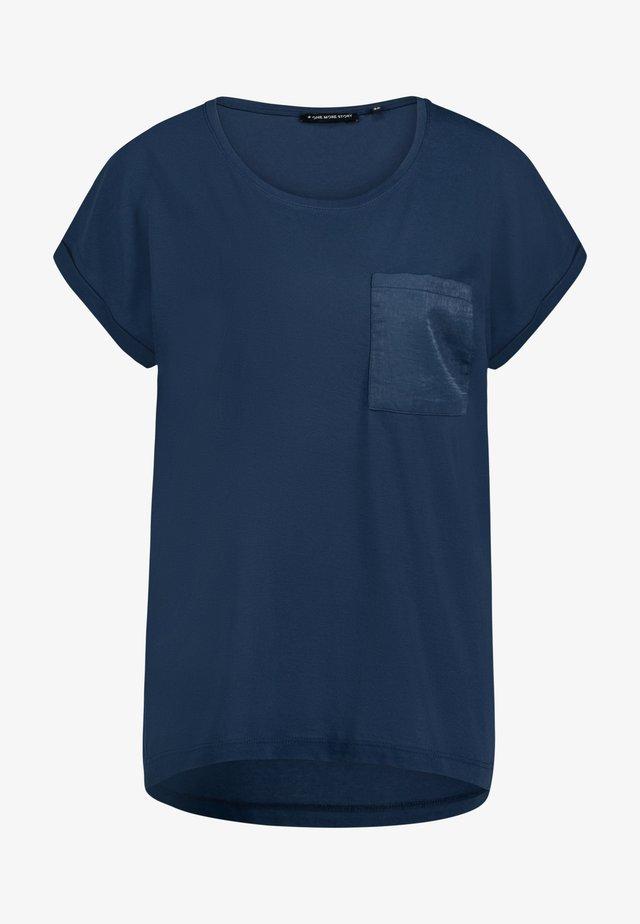 Basic T-shirt - moonlit ocean