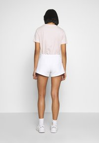 Calvin Klein Jeans - STRIPE LOGO JOGGING - Shorts - bright white