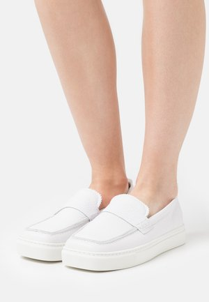 SQUARED LOAFER  - Slip-ons - white
