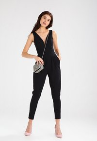 WAL G. - SLEEVELESS PLUNGE  - Jumpsuit - black - 1