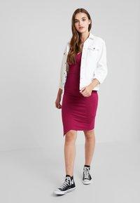 Even&Odd - Denní šaty - beaujolais - 1