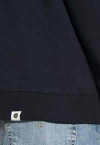 Anerkjendt - AKNIGEL ORGANIC HOODIE - Sweatshirt - sky captain - 5