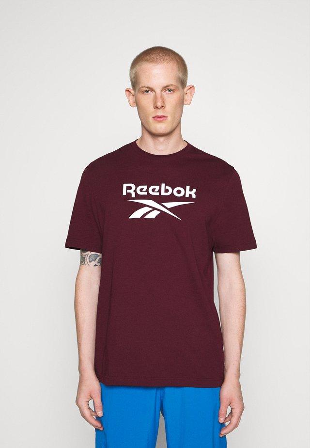 VECTOR TEE - Camiseta estampada - maroon