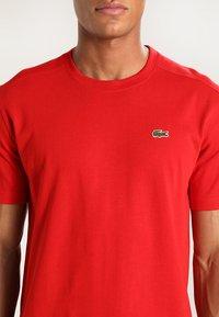 Lacoste Sport - HERREN - Basic T-shirt - red - 3