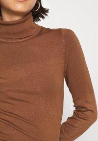 Even&Odd - BASIC- TURTLE NECK JUMPER - Strikkegenser - light brown - 5