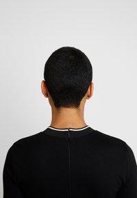 Calvin Klein - 3/4 SLEEVE DRESS - Sukienka z dżerseju - black - 4