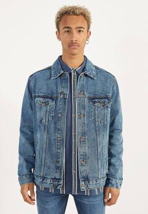 JEANSJACKE IM REGULAR-FIT 01273503 - Denim jacket - blue denim