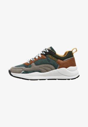 ORBITAL - Sneakers laag - verde caqui
