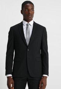 Tommy Hilfiger Tailored - SLIM FIT SUIT - Oblek - black - 2