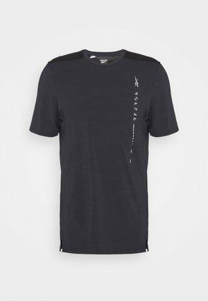 GRAPHIC MOVE TEE - Camiseta estampada - black