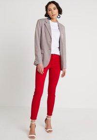 Zalando Essentials - Basic T-shirt - bright white - 1