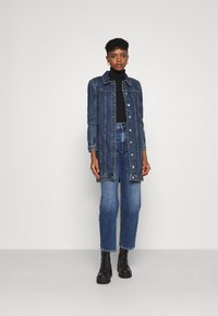 ONLY - ONLSMITH PADDED - Short coat - light blue denim - 1