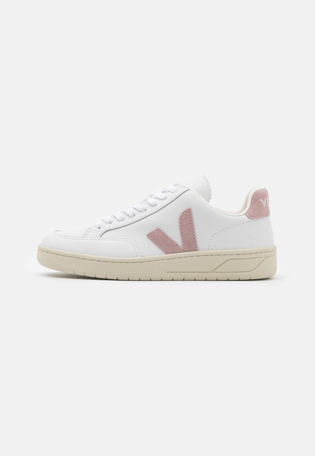 V-12 - Sneakers laag - extra/white/babe