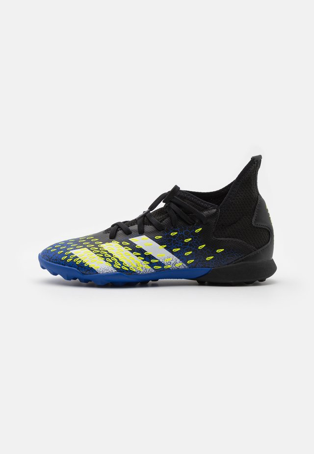 PREDATOR FREAK .3 TF UNISEX - Astro turf trainers - core black/footwear white/solar yellow