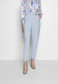 4th & Reckless - CARRY TROUSER - Pantaloni - light blue - 0