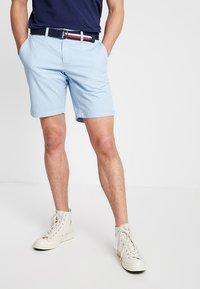 Tommy Hilfiger - BROOKLYN LIGHT BELT - Shorts - blue - 0