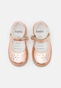 Primigi - Ballerina's met enkelbandjes - rame - 3