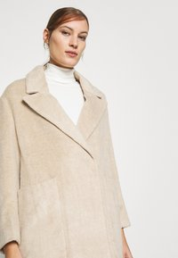 Whistles - DRAWN COCCON COAT - Classic coat - oatmeal - 6