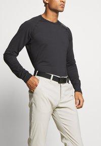 Peak Performance - PLAYER PANT - Trousers - dwell beige - 3