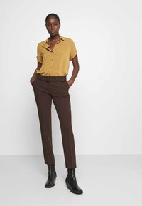 More & More - TROUSER - Trousers - chocolate - 3