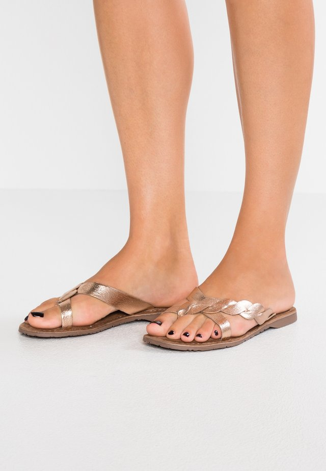 T-bar sandals - copper