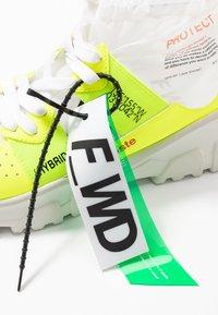 F_WD - Vysoké tenisky - fluo yellow/transparent - 7