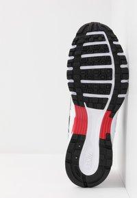 Nike Sportswear - P-6000 - Sneakers - white/particle grey/university red/neutral grey/black - 7