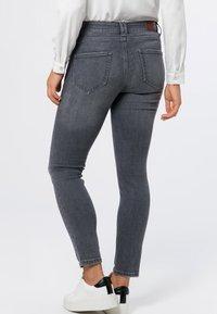 zero - Jeans Skinny Fit - grey soft wash - 2