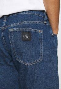 Calvin Klein Jeans - REGULAR  - Džínové kraťasy - blue - 5