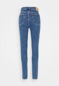 Calvin Klein Jeans - HIGH RISE SKINNY - Skinny džíny - blue - 5