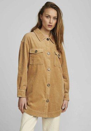 NUCALAH - Short coat - tannin