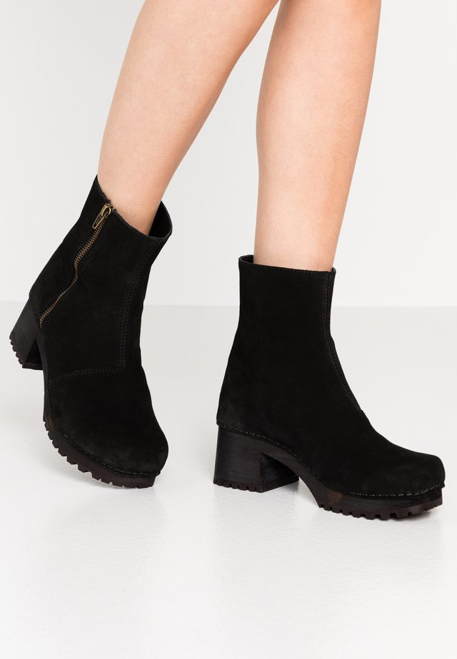 HENNA BLOCK FLEX BOOT - Platform ankle boots - black