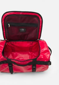The North Face - BASE CAMP DUFFEL S UNISEX - Sports bag - red - 6