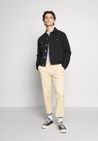 Afends - DAY OFF PANT - Chinos - dirty beige - 1