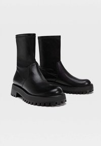 Stradivarius - Ankle boots - black - 3