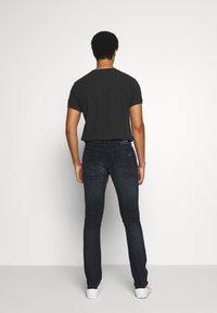 Tommy Jeans - SCANTON SLIM - Slim fit -farkut - dutton blue - 2