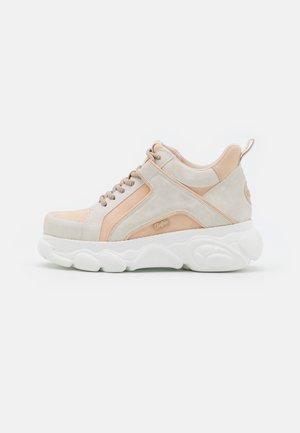 VEGAN CORIN - Sneakers basse - beige