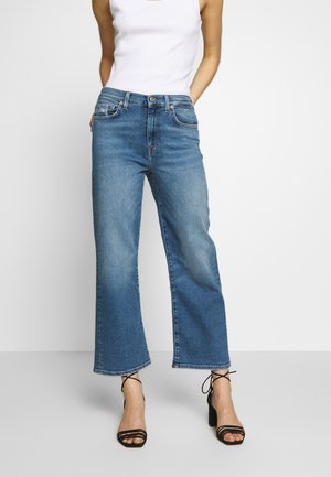 CROPPED ALEXA - Flared Jeans - blue